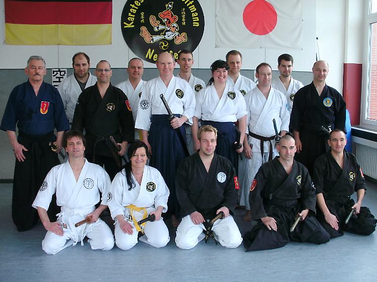 Die Teilnehmer und Referenten des Lehrgangs vom 13.04.2013
